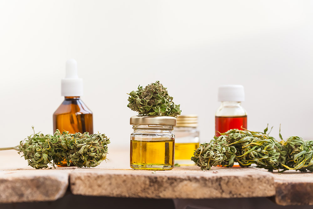 CannabisFlowerAndExtractsinJarsTinctures
